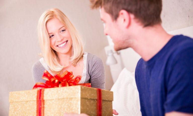 gave til kjæreste