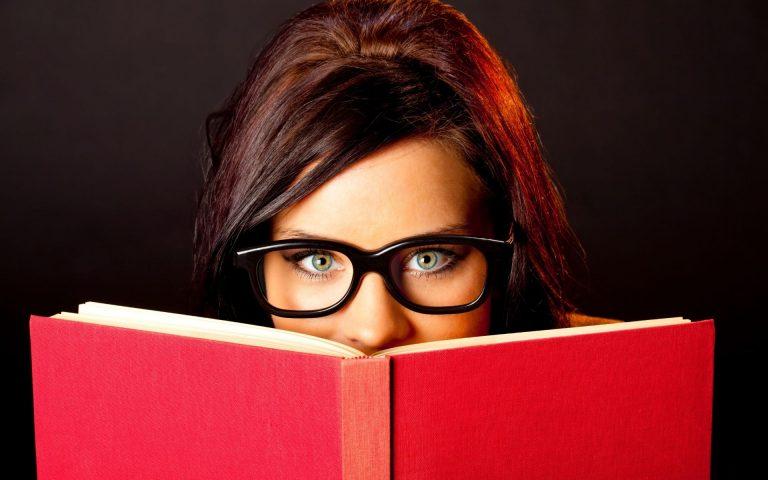 gave til bokelsker gave til noen som liker å lese
